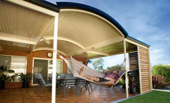Stratco-Outback-Curved-Roof-main